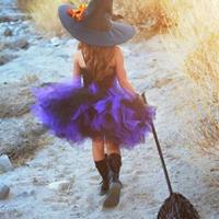 Die kleine Hexe und die Stiefmutter